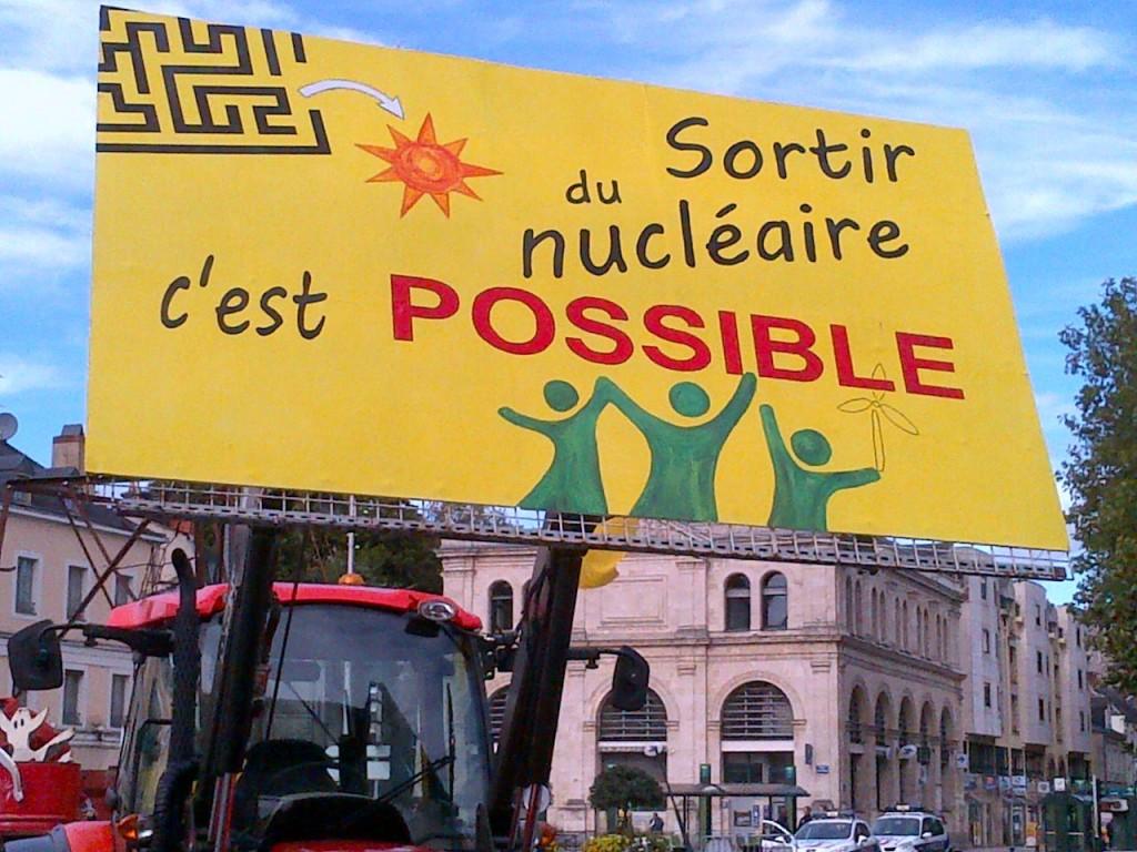 Rassemblement anti-nucléaire à Mayenne 13 octobre 2012