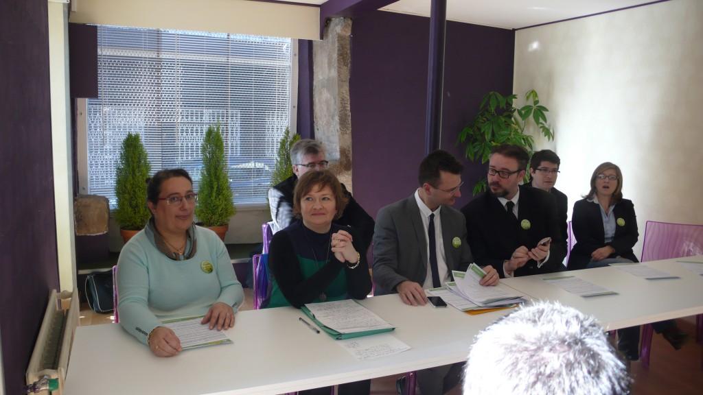Stéphanie Moreau, conférence de presse des municipales 2014 à Saint Etienne